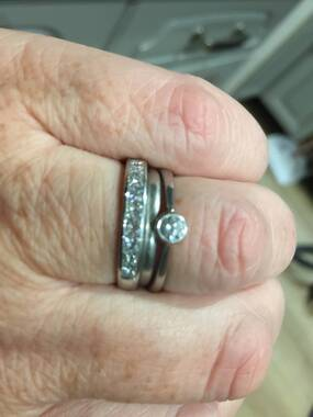 User supplied image of RHAPSODY 950 Platinum Diamond (Princess Cut) Half Eternity Band Ring 1.000 Ct.
