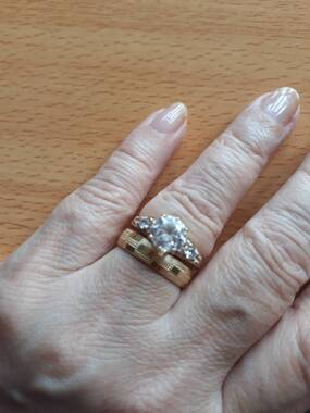 User supplied image of Close Out Deal- 9K Yellow Gold Band Ring