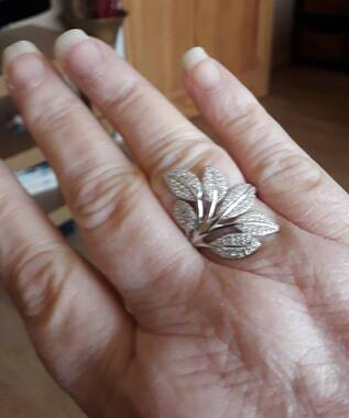 User supplied image of ELANZA Simulated Diamond Leaves Ring in Rhodium Overlay Sterling Silver, Silver wt 3.23 Gms