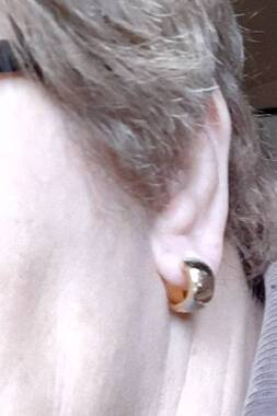 User supplied image of 9K Yellow, Rose and White Gold Earrings