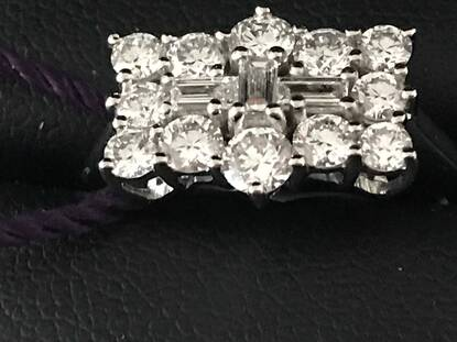 User supplied image of RHAPSODY 950 Platinum Diamond (Rnd) Boat Cluster Ring 1.000 Ct.