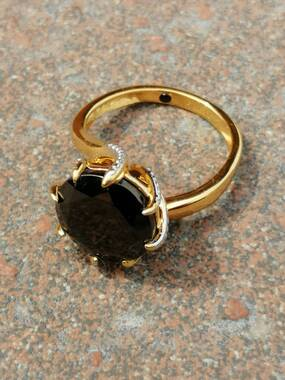 User supplied image of GP Elite Shungite (Rnd), Blue Sapphire Ring in 14K Gold Overlay Sterling Silver 4.15 Ct.