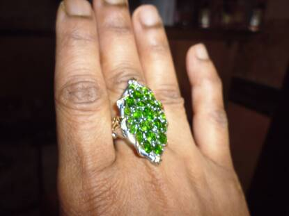 User supplied image of Russian Diopside (Ovl) Ring in Platinum Overlay Sterling Silver 5.000 Ct.