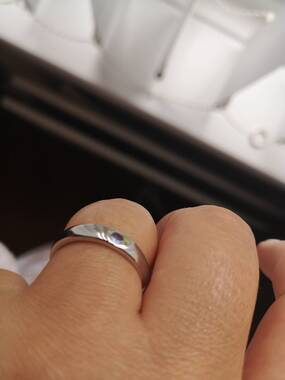 User supplied image of Super Auction- TJC Launch Tanzanite (Rnd) Solitaire Band Ring in Rhodium Overlay Sterling Silver